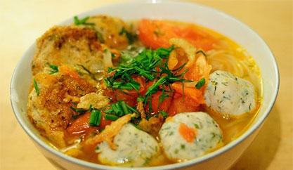 """""""Xơi nhẹ"""" với các món ăn đặc sản Bình Định khi đi du lịch ở đây"""