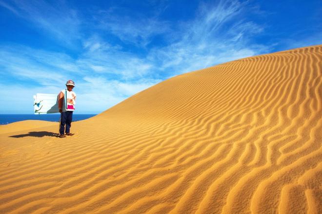 Du lịch Phan Thiết- Phan Thiết đi đâu?- Đồi cát vàng mịn như một sa mạc thu nhỏ. Ảnh: Kho Ảnh Du Lịch