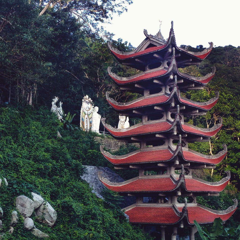 Du lịch Phan Thiết- Phan Thiết đi đâu?- Chùa Tà Cú với nhiều bức tượng phật độc đáo. Ảnh: @salome_gilles