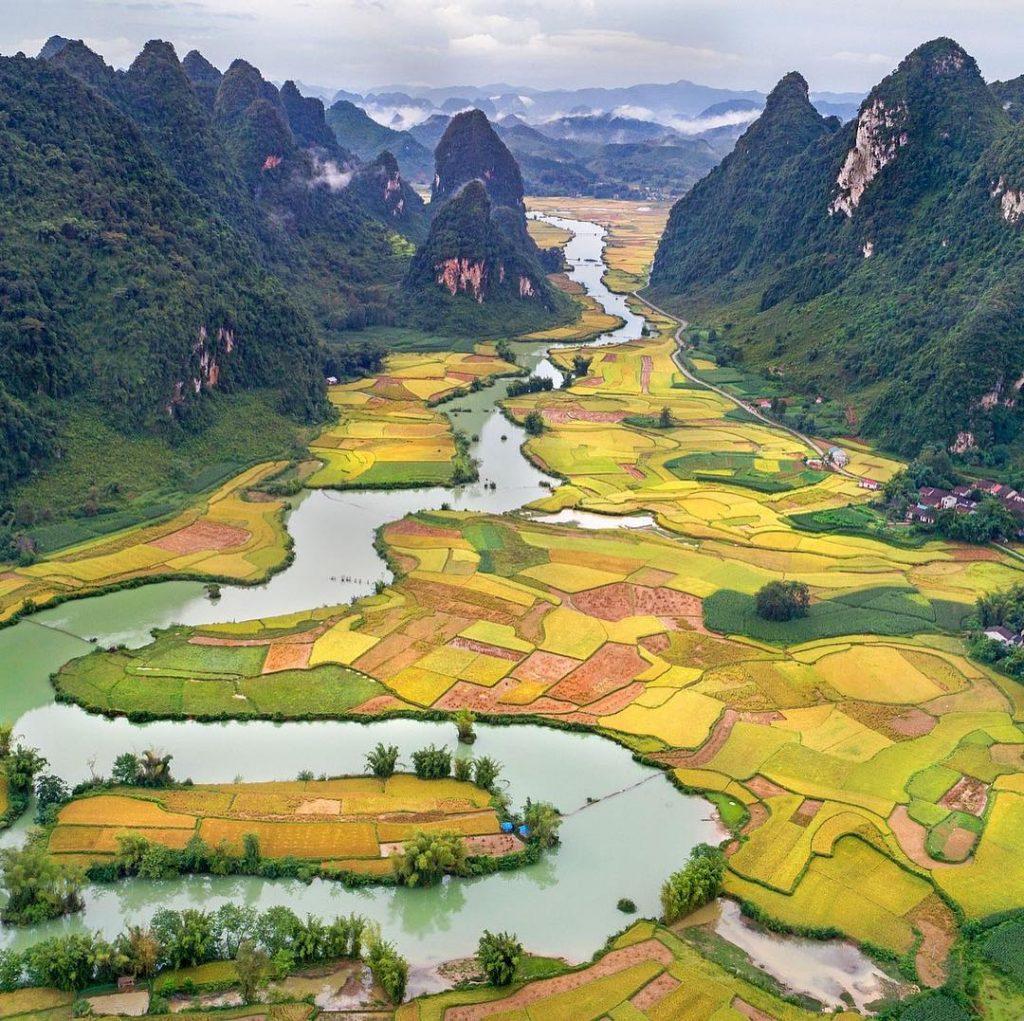 Du lịch miền Bắc- Cảnh đẹp miền Bắc- Điểm đến miền Bắc-Phong cảnh núi non tuyệt đẹp Cao Bằng. Ảnh: @rejsrejsrejs.dk