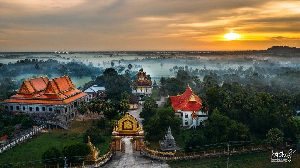 Du lịch miền nam- du lịch miền tây- cảnh đẹp miền tây-Kiến trúc độc đáo chùa Khơ Me ở An Giang. Ảnh: Hòa Huy Ngô