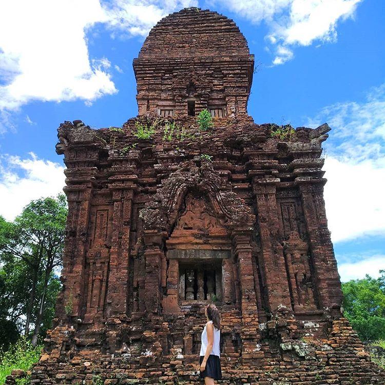 Du lịch miền Trung- Cảnh đẹp miền Trung- điểm đến miền Trung-Thánh địa là di tích Champa theo kiến trúc Ấn Độ duy nhất tại Việt Nam. Ảnh: @ernestpratviver