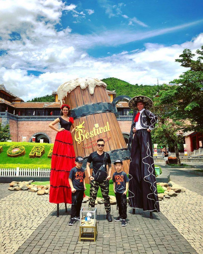 Du lịch Đà Nẵng- điểm du lịch Bà Nà Hills-Chiêm ngưỡng các tiết mục biểu diễn của các nghệ sĩ trên thế giới. Ảnh: duc.daddy