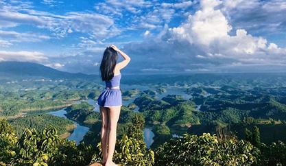 Kinh nghiệm du lịch bụi Hồ Tà Đùng khám phá '' Vịnh Hạ Long'' của Tây Nguyên