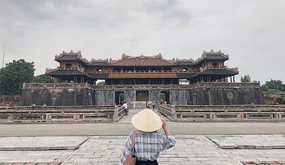 """""""Xuyên không"""" thời gian về thăm Đại Nội Kinh Thành Huế"""
