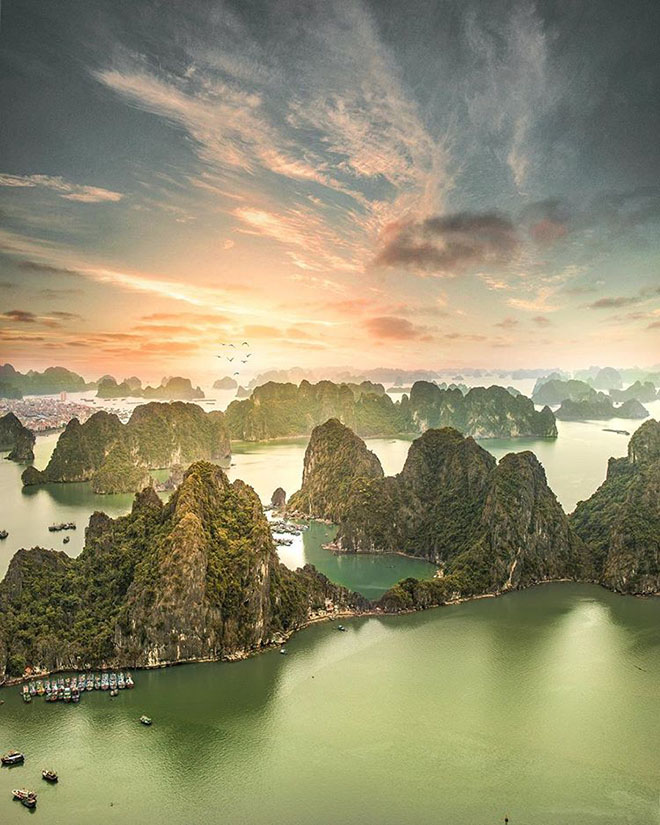 Halong Bay is one of Vietnam's most stunning attractions. Photo: @100.pixels