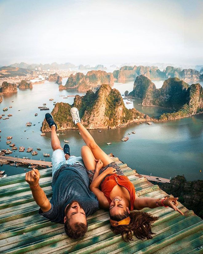 From Bai Tho mountain, you can get a breathtaking view of Halong Bay. Photo: @discoverysurprise