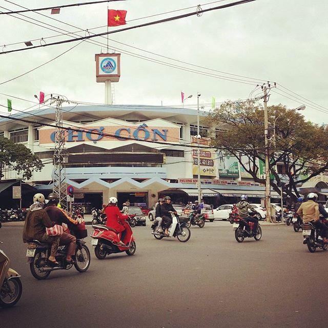 Chợ Cồn ở Đà Nẵng. Ảnh: @about.keiberry