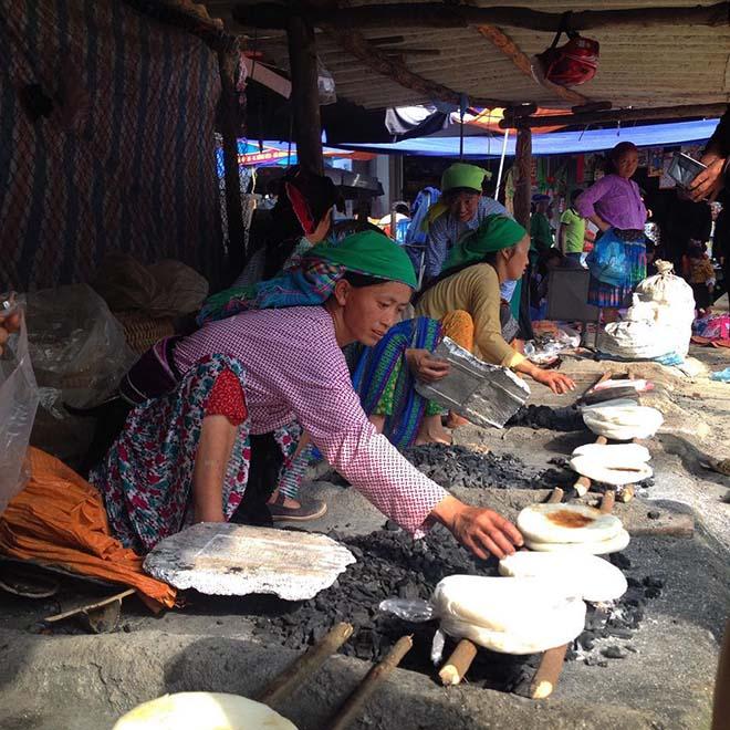 Chợ phiên ở Hà Giang là nơi hội tụ văn hóa độc đáo của nhiều đồng bào vùng cao. Ảnh: coppersea
