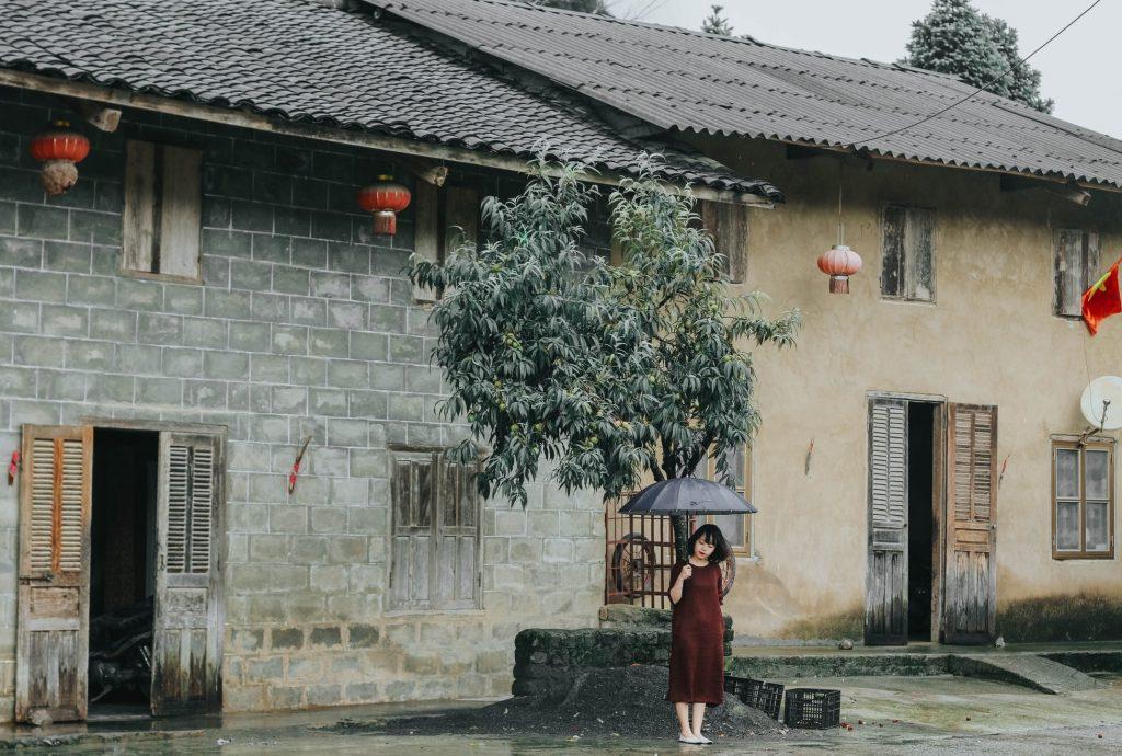 Phó Bảng vẫn giữ nguyên nét đẹp hoang sơ riêng biệt, không lẫn với bất kỳ thị trấn nào. Ảnh: Hoàng Linh Hà