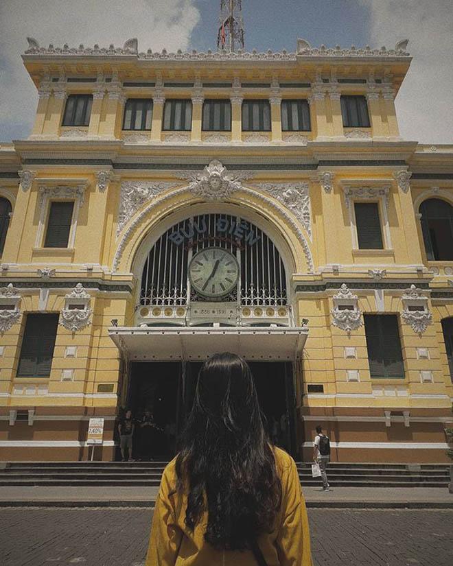 Bưu điện thành phố với lối kiến trúc ấn tượng. Ảnh: @lntruc1008