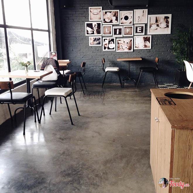 Metro 9 Cafe. Ảnh: foody.vn