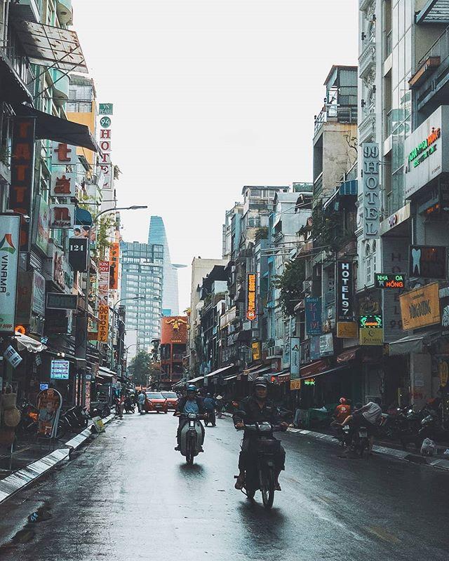 Sài Gòn sau cơn mưa. Ảnh: @doanlehoang_vu