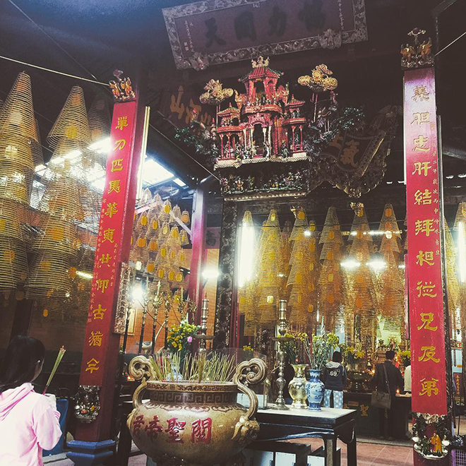 Ong temple is decorated in large incense coils hanging from the ceiling. Photo: @co_my_linh