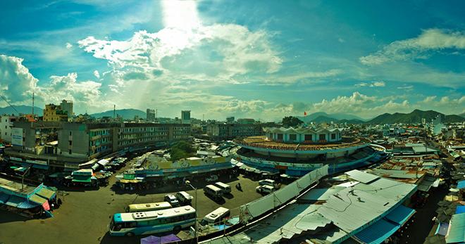 Chợ Đầm Nha Trang khi view từ trên cao xuống. Ảnh: Khánh Hmoong