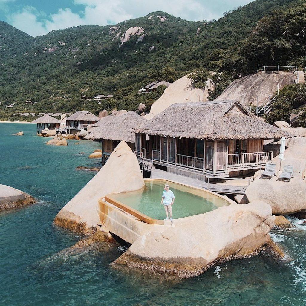 Vịnh Ninh Vân với thiên nhiên hoang sơ, bình lặng. Ảnh: @quangVinh