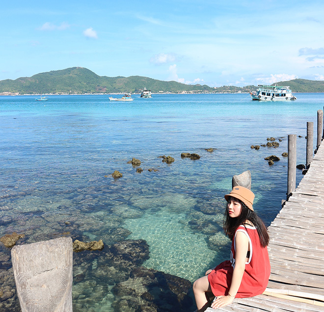A special feature of Hon Dau is that coral reefs cover the sea's surface. Photo: @ bangthanh188