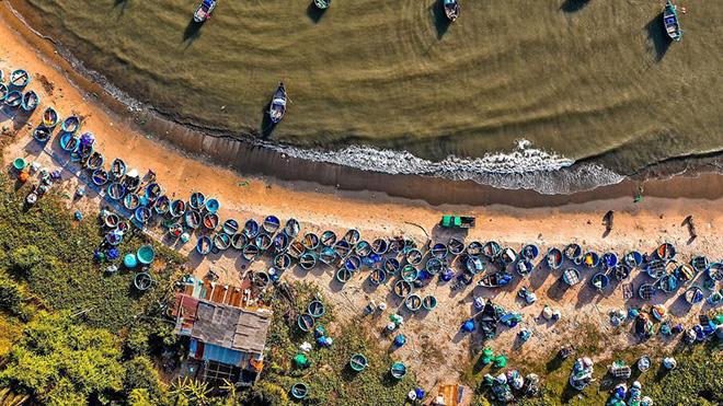 Cảnh đẹp làng chài Mũi Né dưới góc nhìn Flycam. Ảnh: IG world_walker